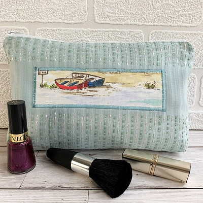 COSB102 Boats make up bag