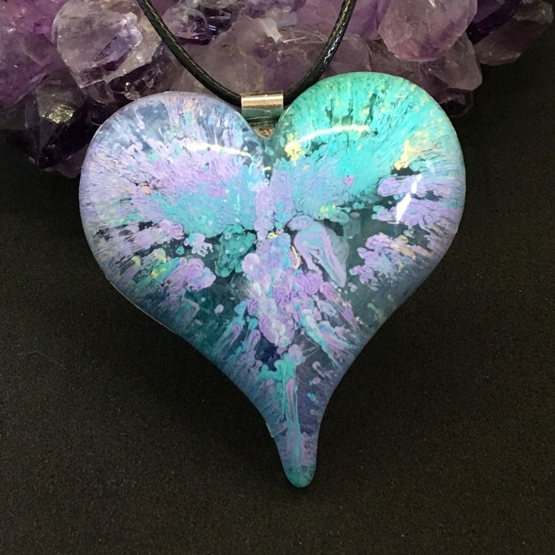 Pastel green and lilac puffy heart JJ (2)