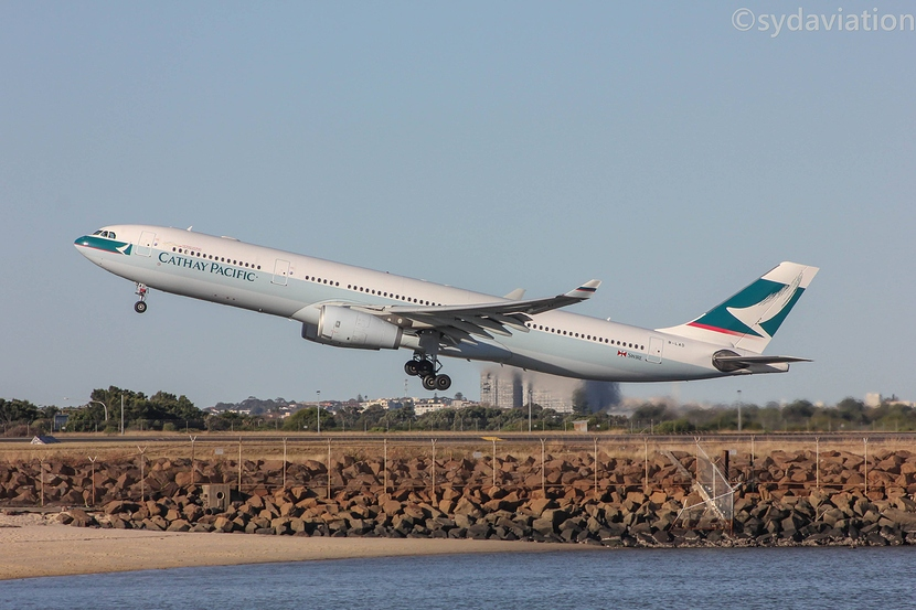 Cathay%20A330IF-min