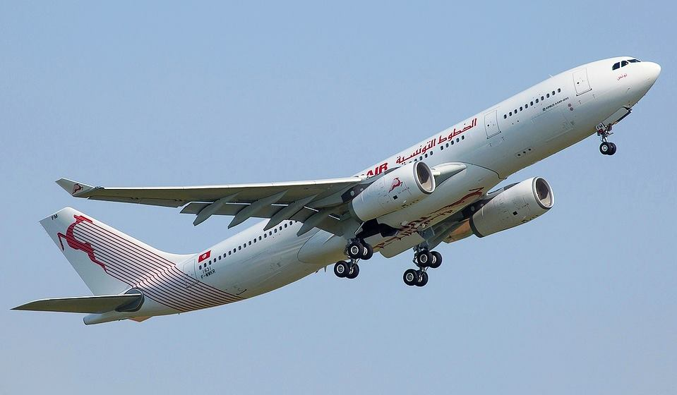 Airbus-A330-200-Tunisair-TS-IFM-2