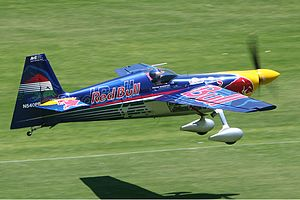 300px-Zivko_Edge_540_at_Red_Bull_Air_Race_on_Langley_Park_Monty-1