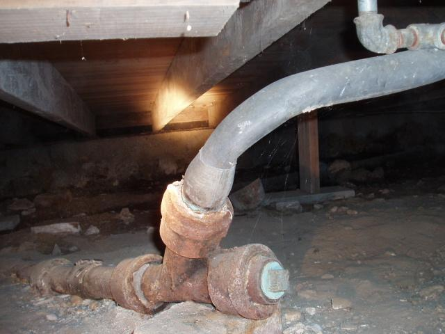 Improperdrainpipe (Small).jpg