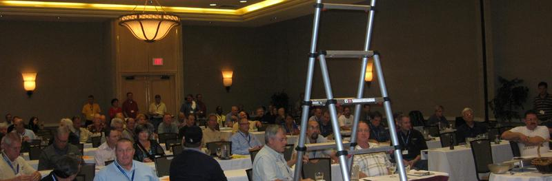 internachi-inspector-conference-2011-standing-room-only.jpg